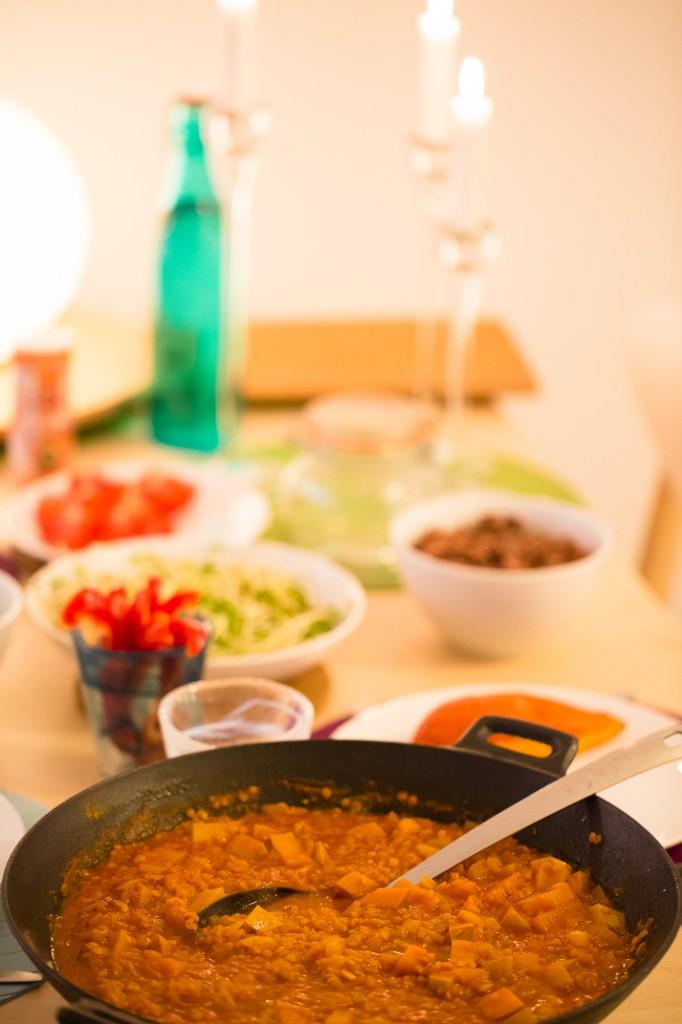 Curry med pumpa och röda linser