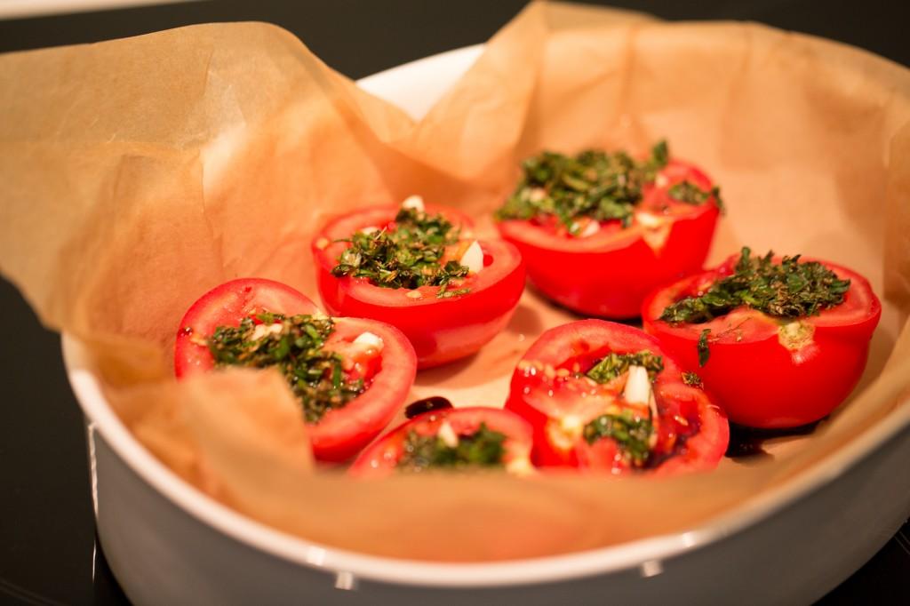 rostade tomater och vitlök